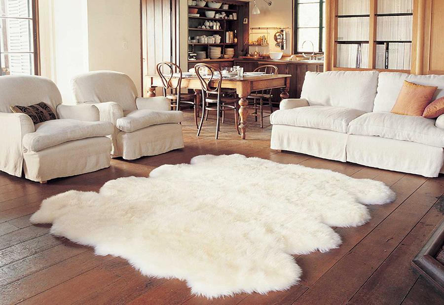 Thảm lông giúp tạo điểm nhấn cho ngôi nhà