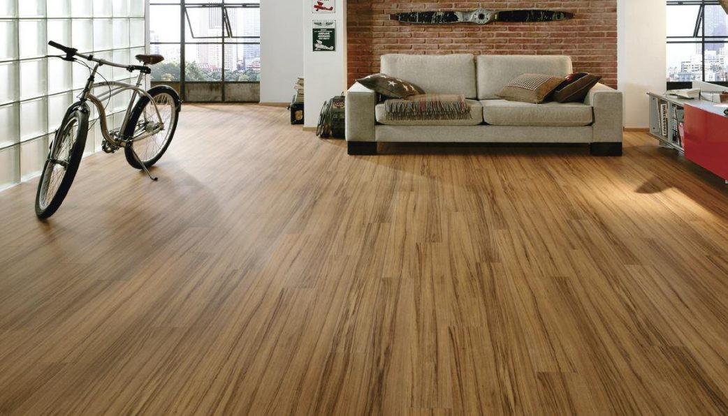Sàn nhà với các thớ gỗ tự nhiên trông đẹp mắt