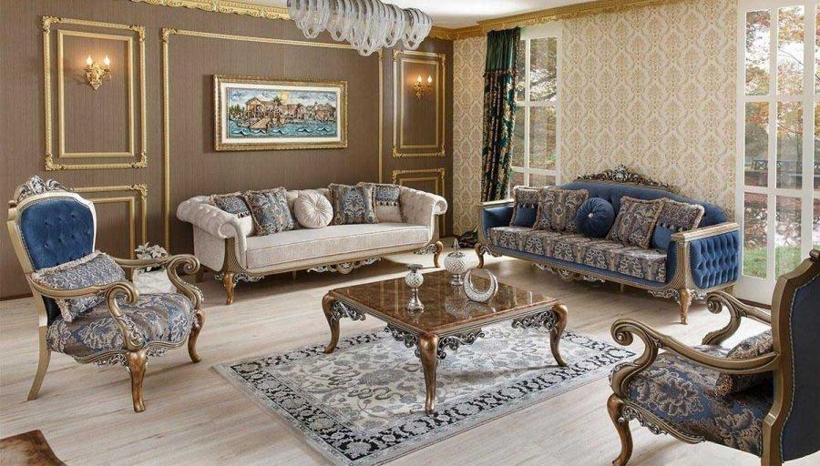 Không gian phòng khách cổ điển với cửa kính lớn