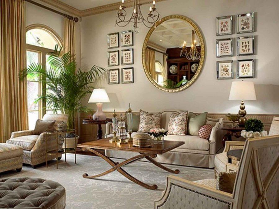 Phòng khách cổ điển với gương tròn nổi bật
