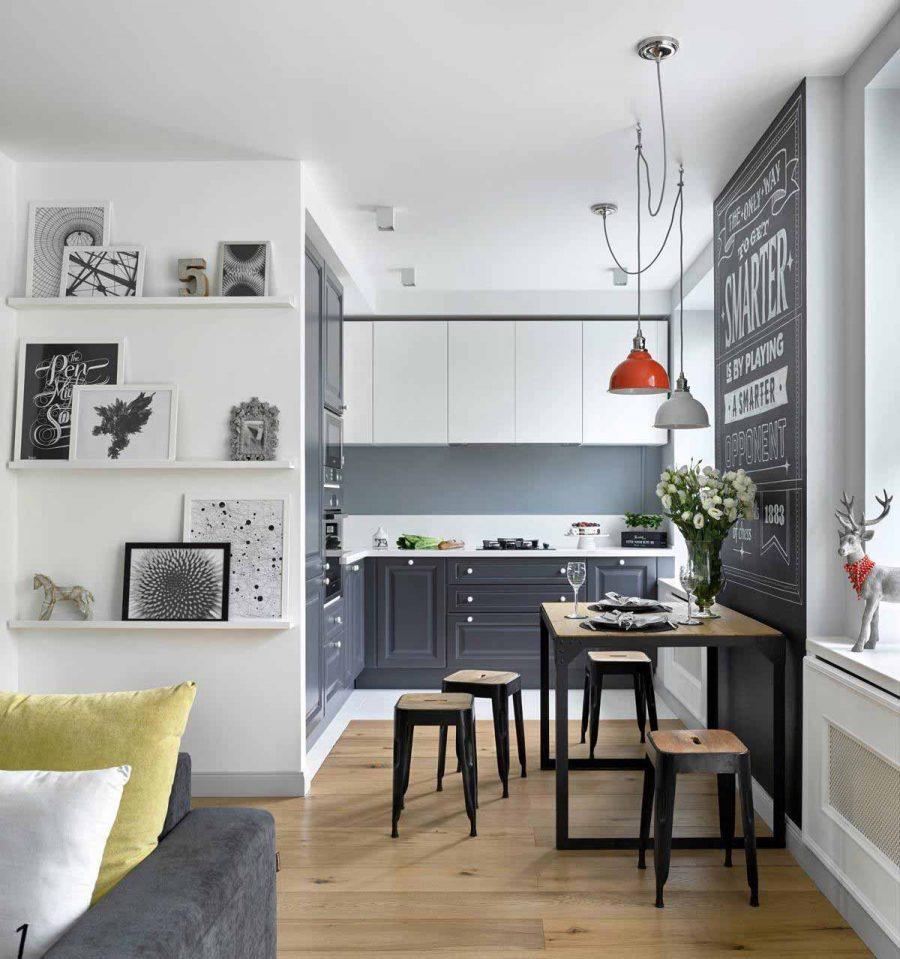 Tủ bếp với núm cửa màu trắng đồng bộ mang đến vẻ ngoài hoàn thiện