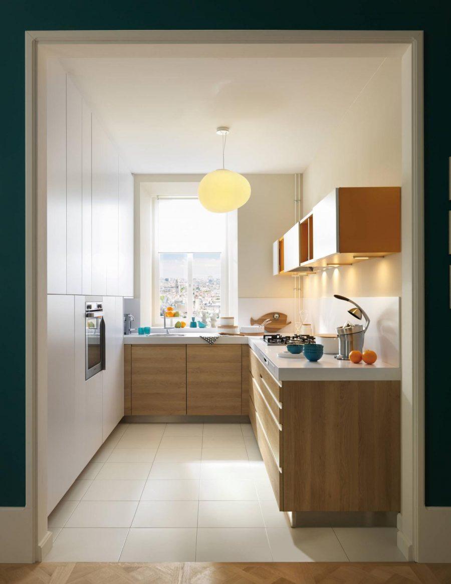 Không gian bếp đón ánh nắng tự nhiên mang lại sự thoải mái, dễ chịu cho mọi người