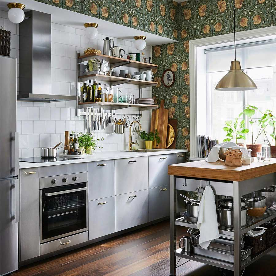 Ở trong căn bếp này, tủ bếp treo tường đã hoàn thành tốt chức năng của mình một cách triệt để