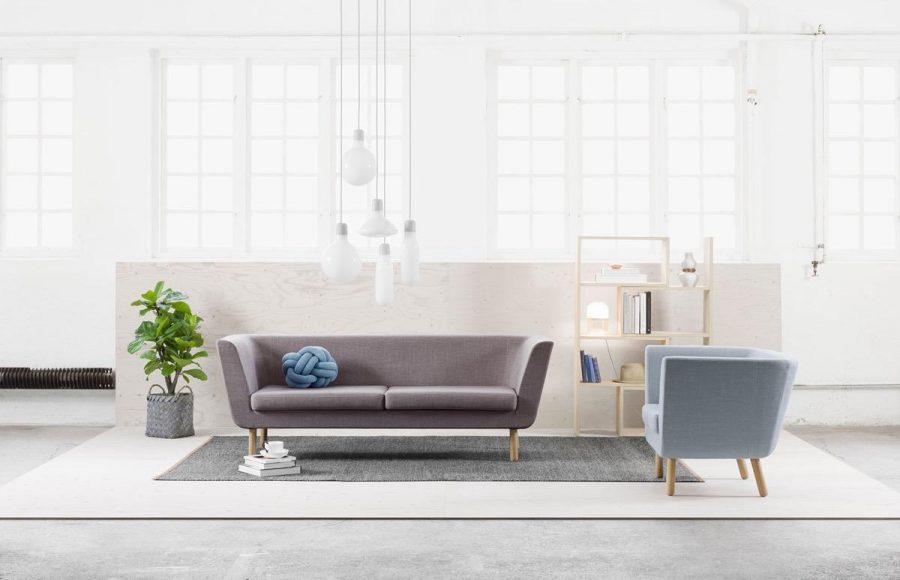 Những bức ảnh đen trắng có thể làm nên phòng khách tối giản ấn tượng