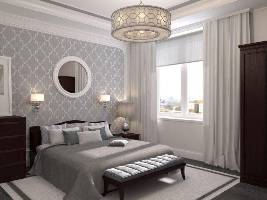 Phòng ngủ phong cách cổ điển này khá đơn giản với gam màu trắng đan xen những thiết kế nội thất gỗ tối màu