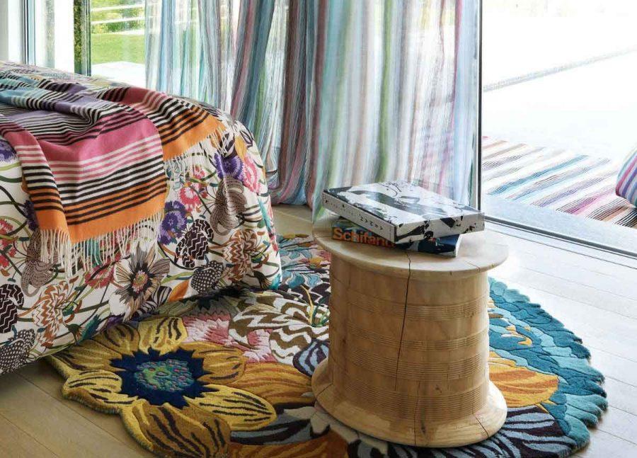 Chọn màu sắc và hoa văn của thảm mà bạn yêu thích và cảm thấy phù hợp