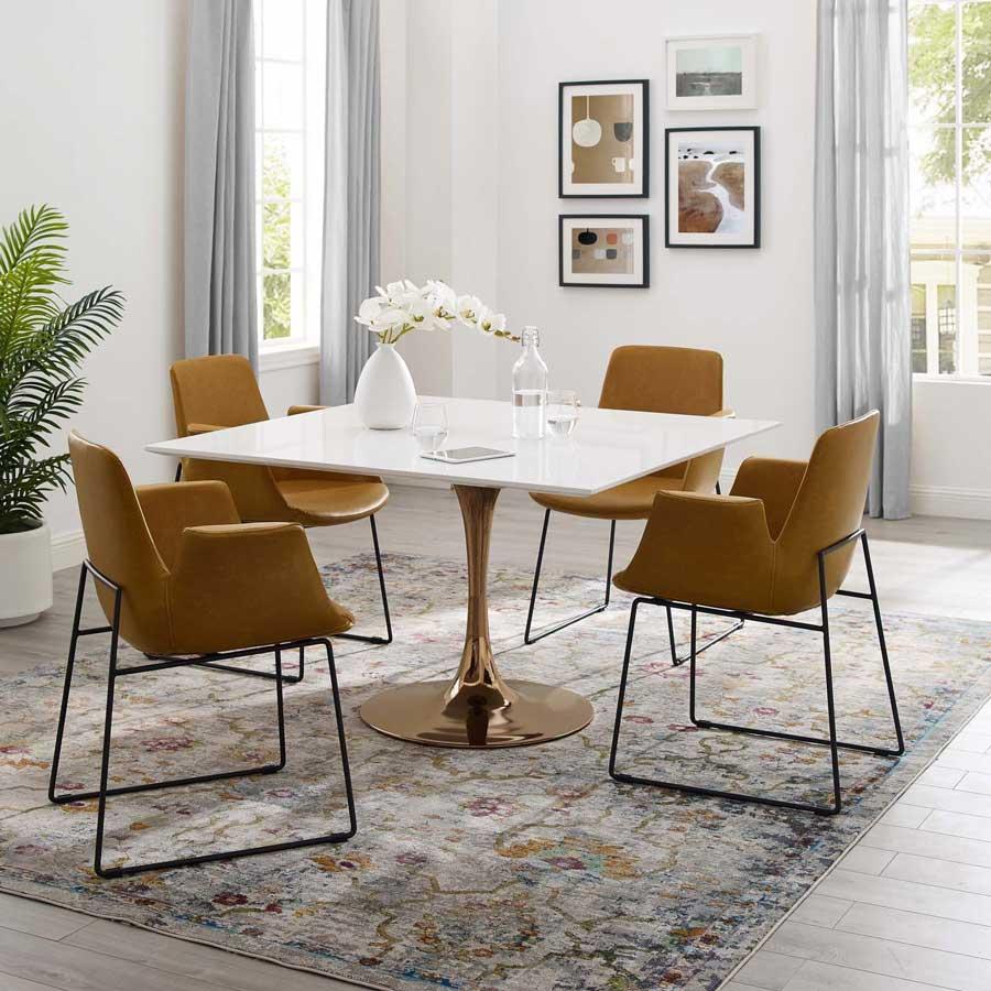 Thiết kế bàn ăn hình vuông thích hợp để phục vụ số lượng người dùng bữa chẵn
