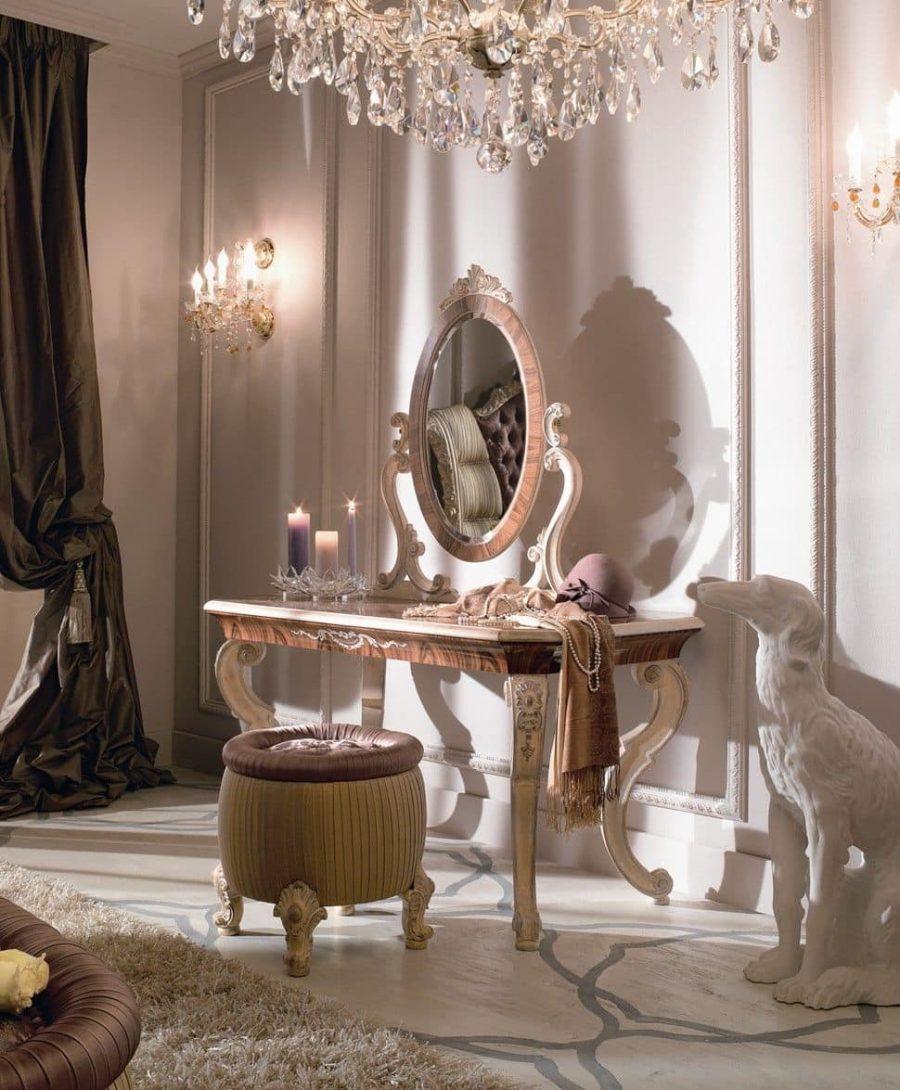 Bàn phải được kết hợp hài hòa với phong cách phòng ngủ của bạn.