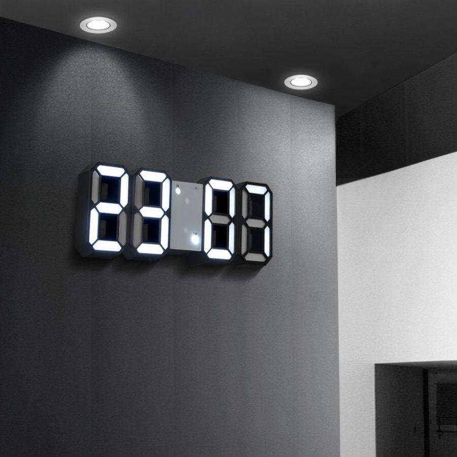 Đồng hồ kỹ thuật số phù hợp với nơi làm việc