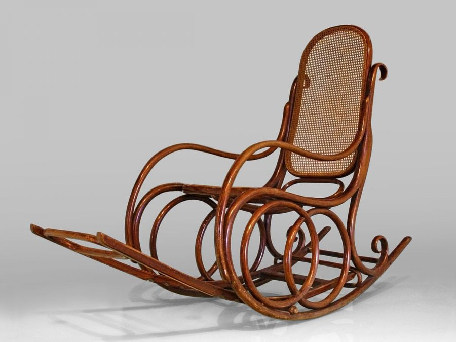 Bạn có thấy chiếc ghế thư giãn này vô cùng quen thuộc không? Đây hầu như là một chiếc ghế dựa cổ xưa quen thuộc mà hầu như thế hệ ông bà ta rất ưa chuộng