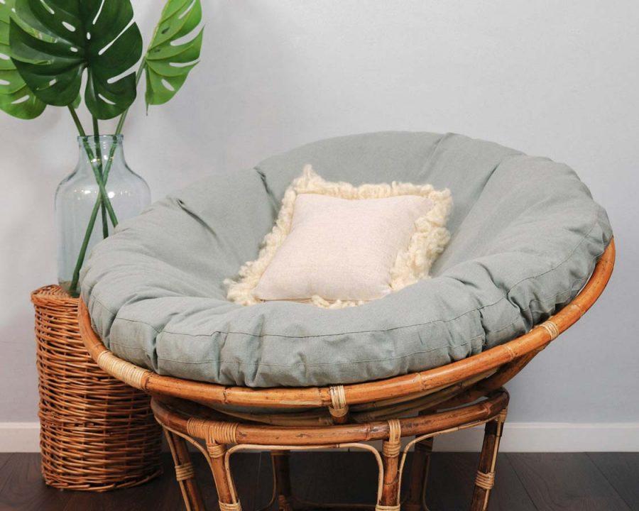 Ghế papasan có nhiều màu sắc để bạn lựa chọn. Nó có lớp bọc 100% polyester rất mềm mại và thoải mái. Do đó, đây là sản phẩm bạn cần nên phải có