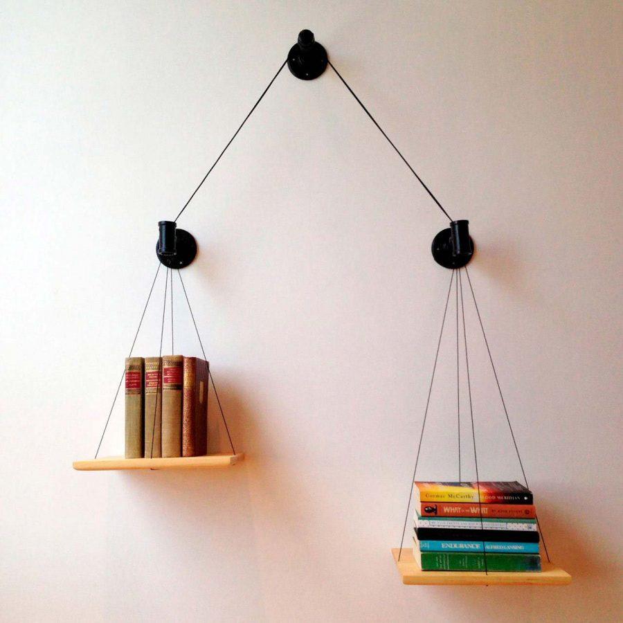 Kệ sách treo tường không chỉ có tác dụng chứa sách. Mà tủ sách còn tạo nên những món đồ trang trí tuyệt vời