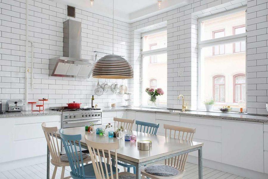 ….hoặc chẳng hạn như căn phòng bếp này vậy