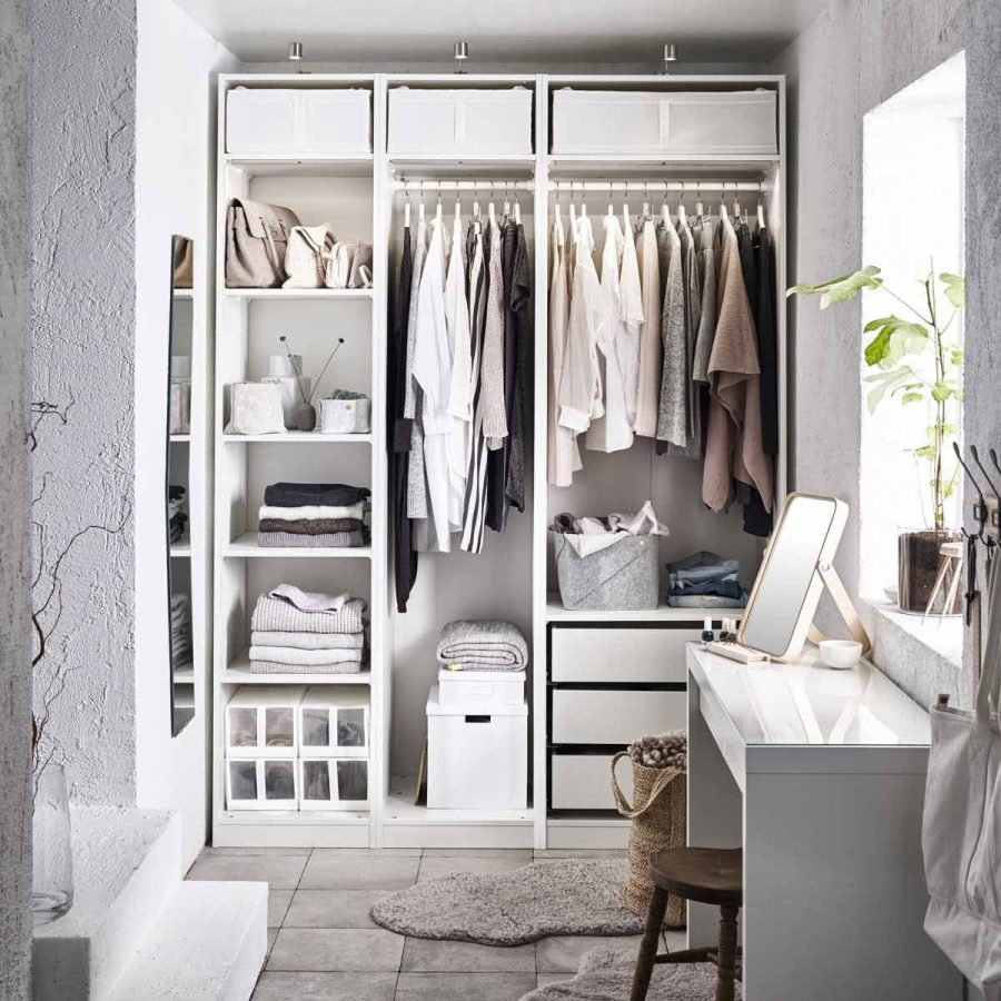 Bạn có cảm thấy hơi thở Scandinavian trong chiếc tủ này không?
