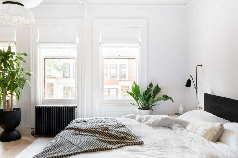 Sự đơn giản và ấm cúng là những yếu tố quan trọng mà bất kỳ phòng ngủ nào cũng cần có