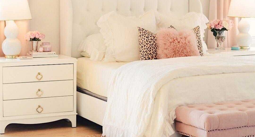 Bộ khăn trải giường ảnh hưởng rất lớn để vẻ ngoài thẩm mỹ của căn phòng
