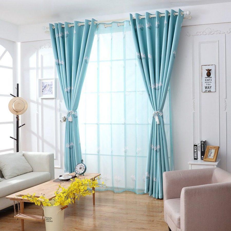 Rèm cửa là một vật trang trí quan trọng cho mọi ngôi nhà