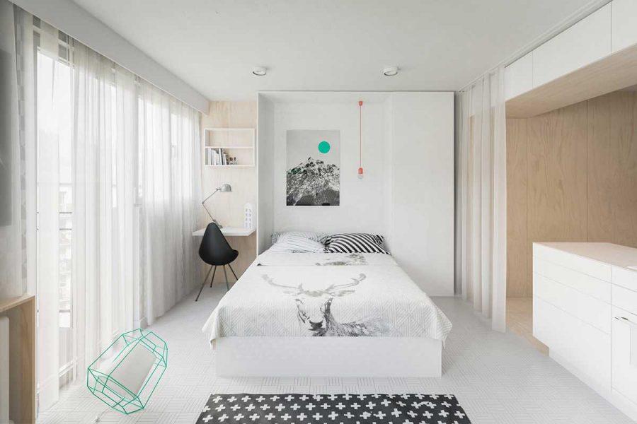 Phòng ngủ tràn ngập ánh sáng thiên nhiên giúp căn phòng luôn trong trạng thái thoáng đãng