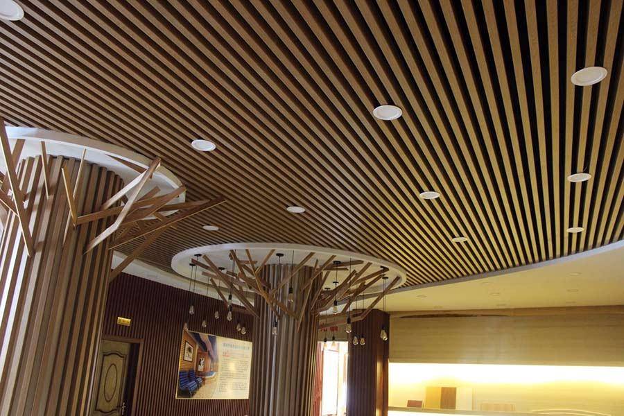 Lam gỗ ốp trần